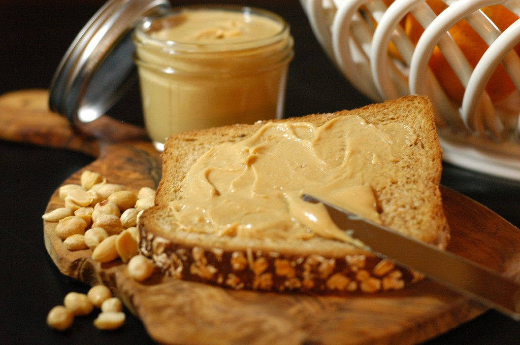 Homemade Peanut Butter – Fresh and healthy for families