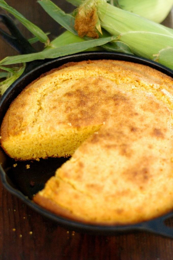 Homemade Cast Iron Skillet Buttermilk Cornbread Recipe